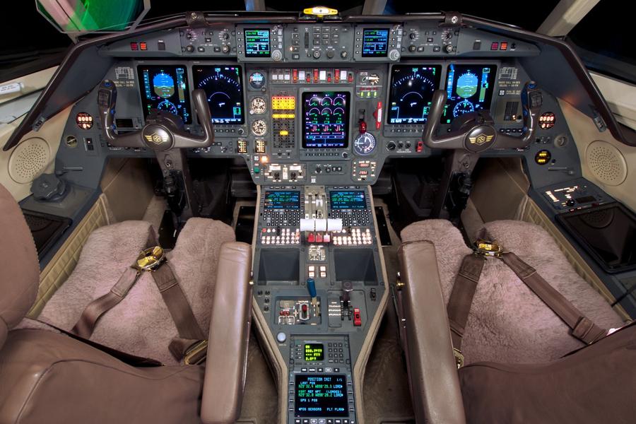 cockpit 900 EX